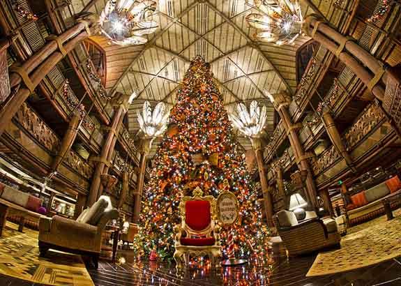 animal-kingdom-lodge-christmas-tree