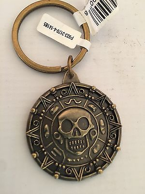 new-disney-parks-pirates-of-the-caribbean-skull