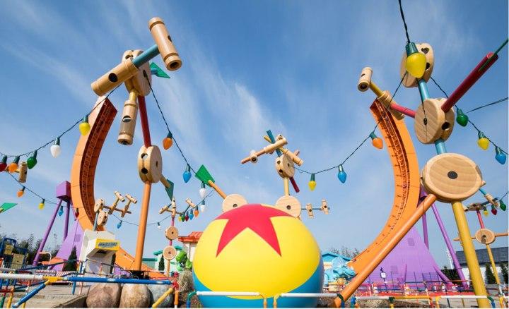 Disney-Pixar-Toy-Story-Land-Shanghai
